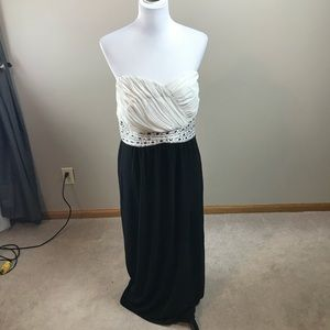 City Chic Strapless Gown EUC